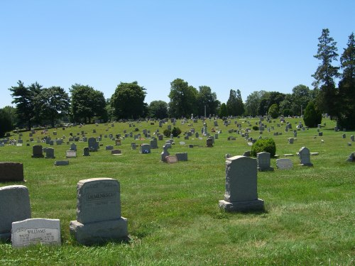 Greenmount Cemetery is so large, you forget you are in the middle of a busy section of Philadelphia.